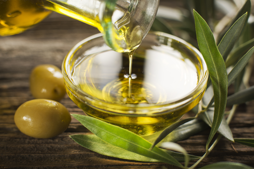 Olive Oil – The Answer for Dry Hair